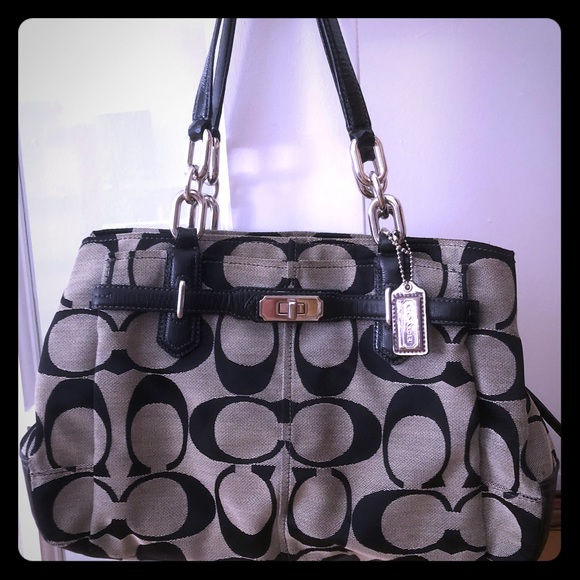 Coach Handbags - Coach bag